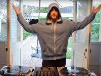 Anthony Scratchnuts (AUS) – 2013 DMC Online DJ Championships