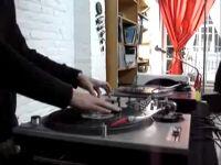 DJ GOONS – SCRATCHADIX / Scratch