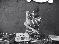 DJ Roc Raida Bodytricks